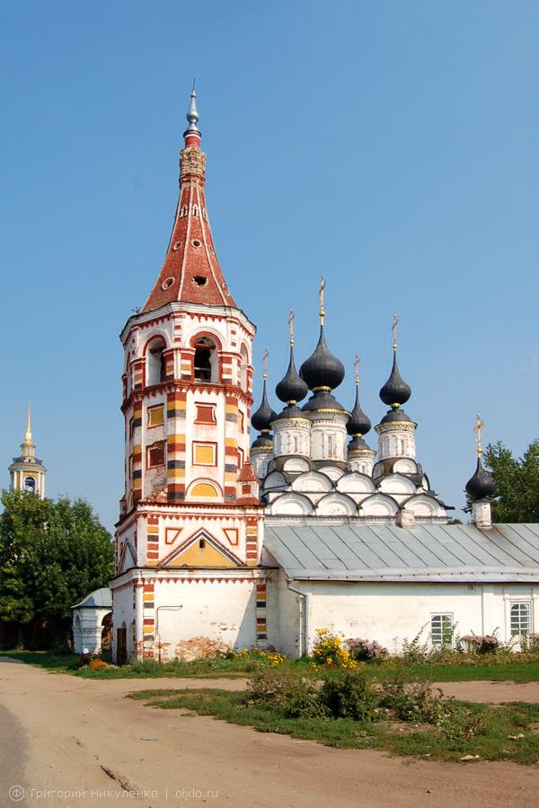 Антипьевская церковь с ярко